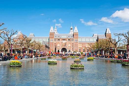 Rondvaart Koningsdag Amsterdam Boothuur