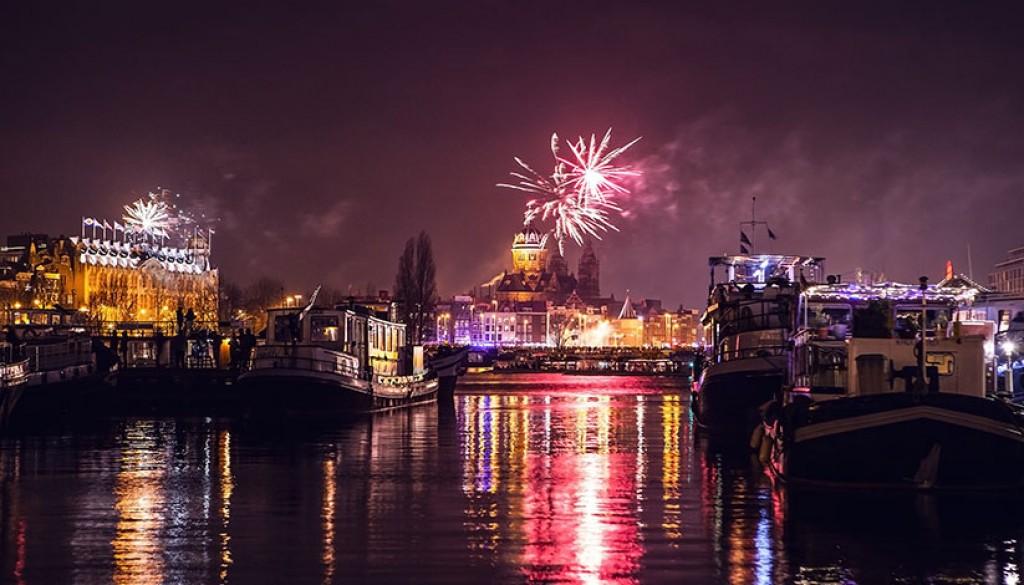 Oud en nieuw in Amsterdam
