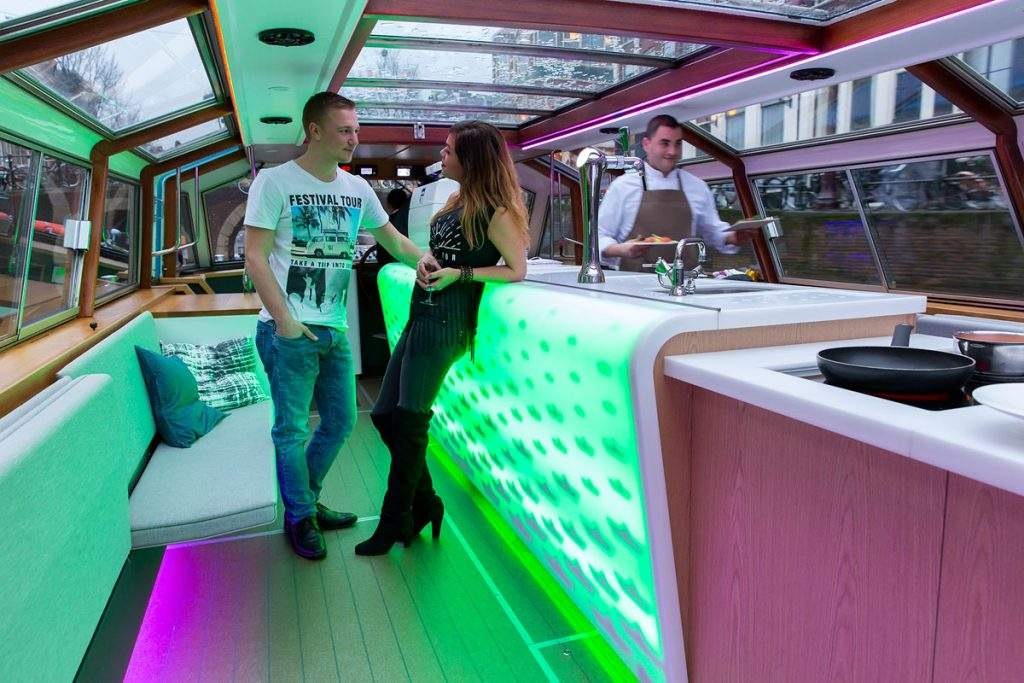 Rondvaartboot Amsterdam Boothuur - LIDO - Bar