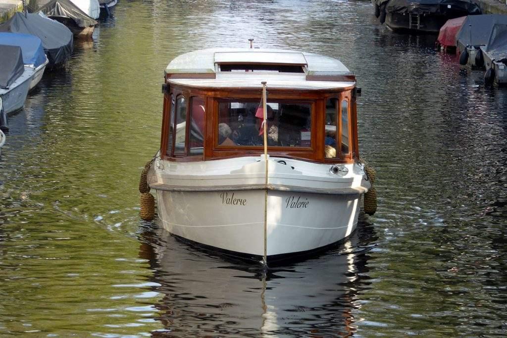 Salonboot_Valerie-Amsterdam_Boothuur-1