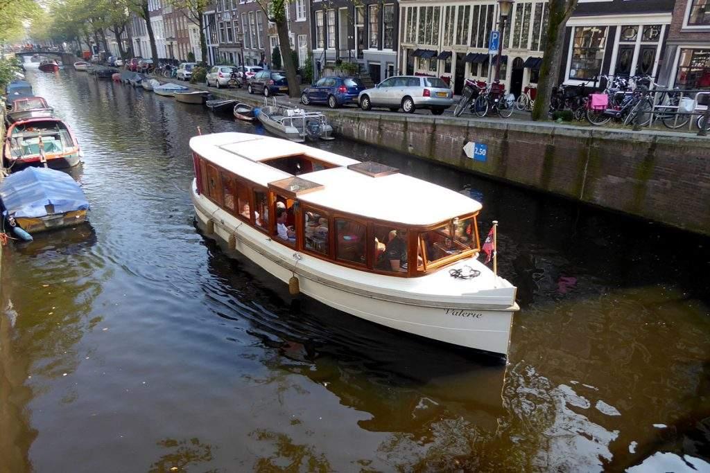 Salonboot_Valerie-Amsterdam_Boothuur-3
