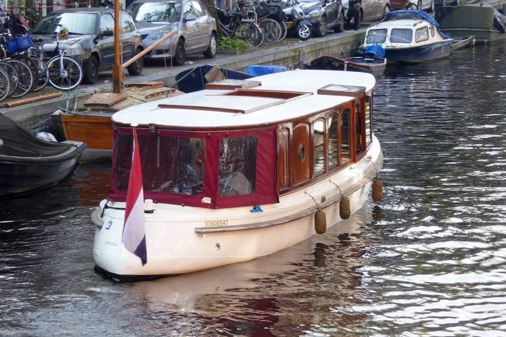 Salonboot_Valerie-Amsterdam_Boothuur-4