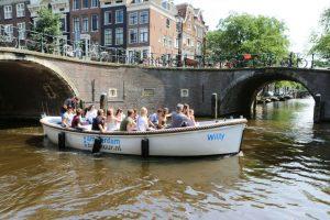 Sloep_Willy-Luxe_Sloep_Amsterdam-Amsterdam_Boothuur-03