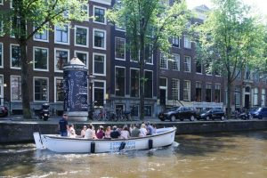 Sloep_Willy-Luxe_Sloep_Amsterdam-Amsterdam_Boothuur-04