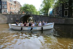 Sloep_Willy-Luxe_Sloep_Amsterdam-Amsterdam_Boothuur-07