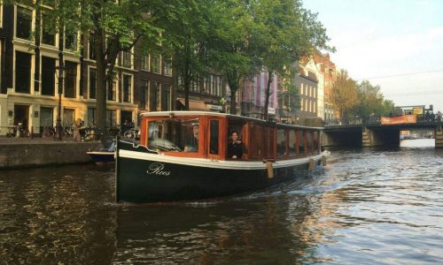 Salonboot huren: Roos