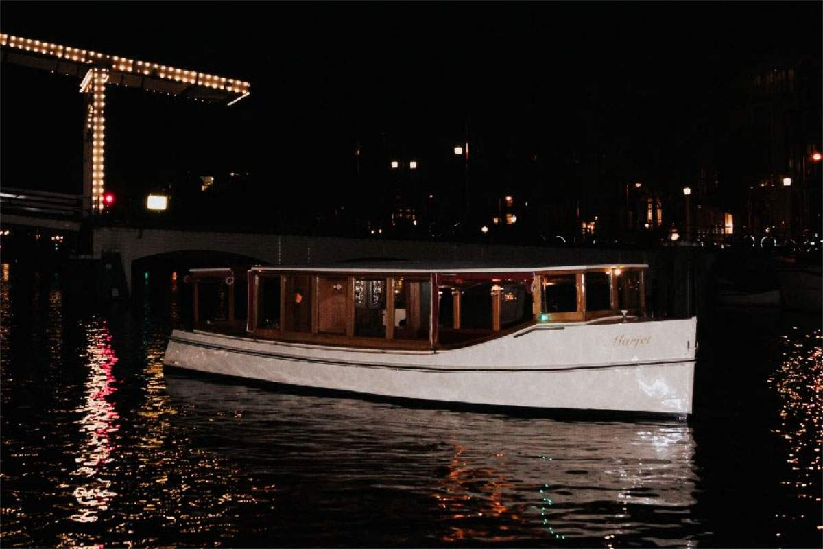 Amsterdam Light Festival – Water Colors Cruise